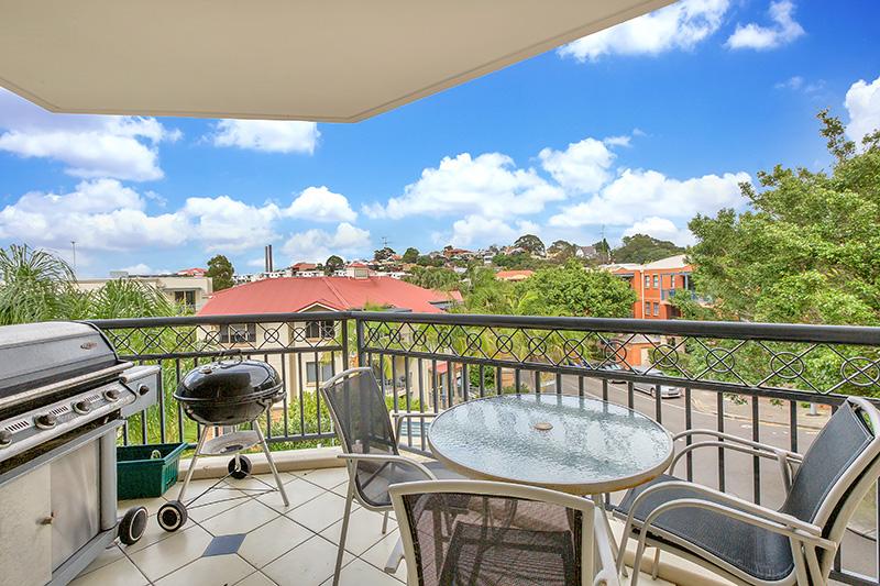 4/2 Rosebery Place, Balmain  NSW  2041