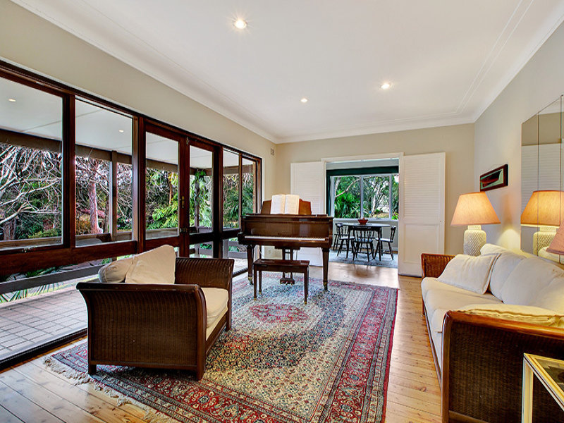 4 Parkwood Grove, WEST PYMBLE  NSW  2073