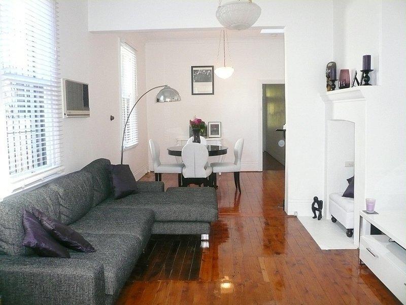 9 Albert Street, NEWTOWN  NSW  2042